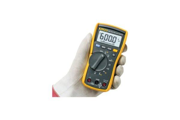 Fluke 115 True-RMS Digital Multimeter in Hand